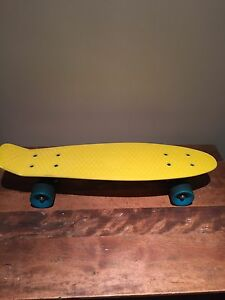 Authentique penny board 22""