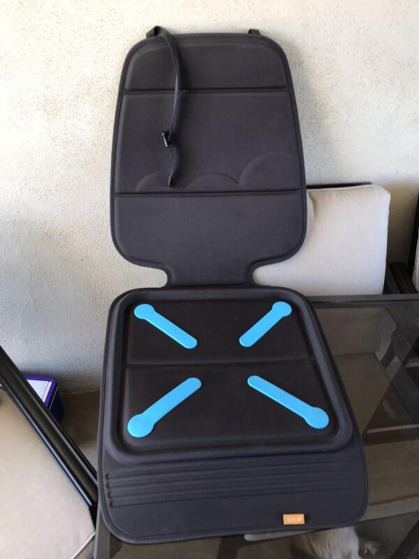 Munchkin Brisa Elite Seat Guardian Car Seat Protector