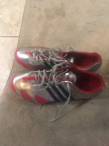 Size 11 Adidas cosmos track spikes