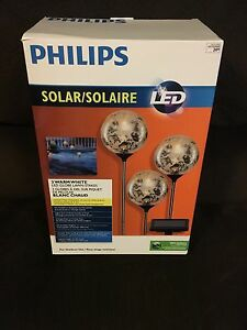 Outdoor solar lights -brand new