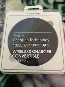 BRAND NEW SAMSUNG FAST WIRELESS CHARGER