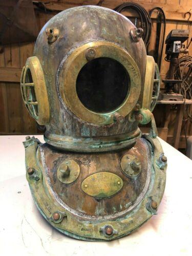 Vintage Diving Helmet SIEBE GORMAN SUBMARINE ENGINEERS UK