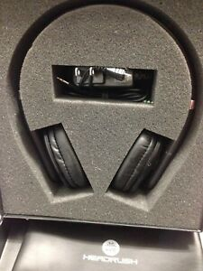 HR  HEAD RUSH Bluetooth Headphone