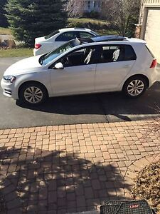 2015 Volkswagen Golf FULLY LOADED