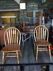 Free table and chairs with hutch