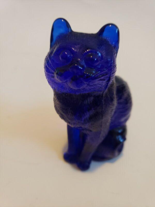 Vtg Cobalt Blue Glass Cat/ kitty. Kitten