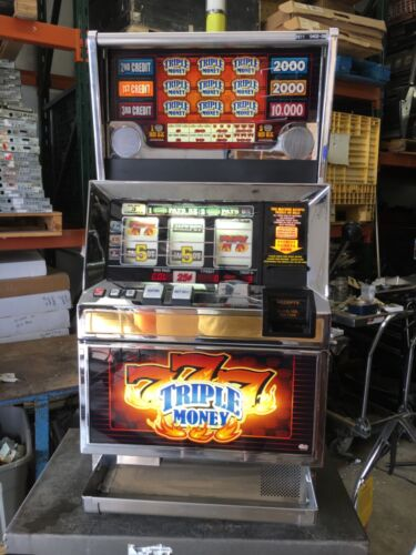 Bally 6000 Blazing 7's Triple Money 3 line  3 coin SLOT MACHINE