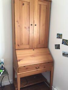 Bureau avec huche Ikea