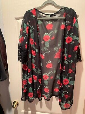 Boohoo Plus Size 16 Rose Kimono Lace