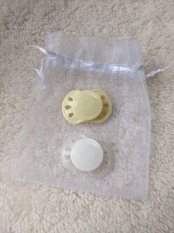 Preemie Honeybug magnet pacifiers (2)
