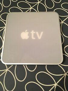 Apple TV A1218 1st Gen, 160gb Crystal HD card 1080p, HDMI