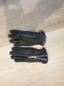 2 x ladies leather Motor bike gloves. Size M