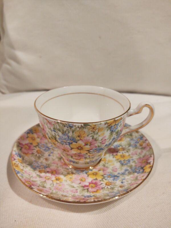 Rosina RARE Vintage 5005 Bone China Teacup/Saucer Set