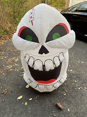 **HALLOWEEN** Laughing Skull Airblown Inflatable 4 ft. Tall