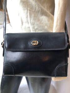 3a88c850e8c2 Vintage GUCCI Black Leather Shoulder Bag 1970 s Chic Rare   Classic Italian  LUXE