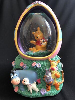 Disney Store Winnie Pooh Easter Egg Snow Globe Musical Tigger Eeyore Glitter