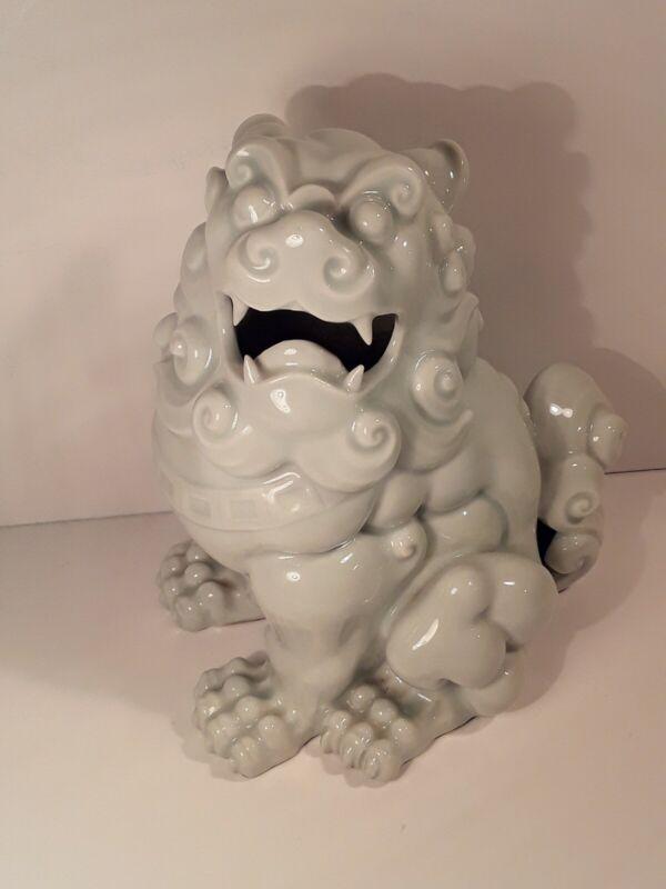 Large HIRADO Shishi Foo Dog Okimono Statue Antique EDO Japanese Porcelain