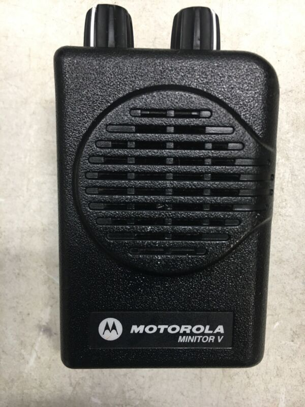 Motorola Minitor V (5) UHF Pager 470-478 MHz No Battery