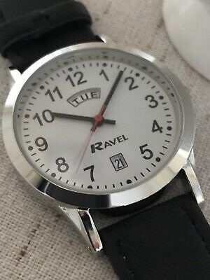Ravel Men's everyday easy to read wrist watch with day and date feature
