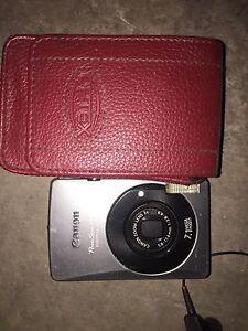 Canon digital camera with case