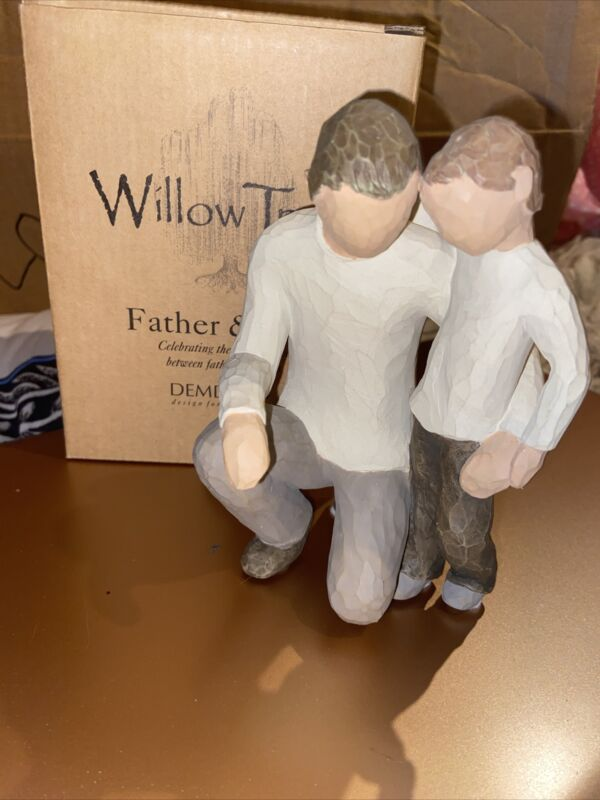 """Willow Tree Father and Son Figurine 5.5"""" Resin Father Kneeling"""