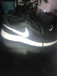 mens nike size 9 sneakers