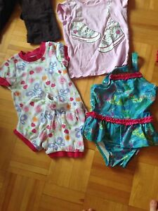 Lot vêtements fille 3T de  2$à 7$