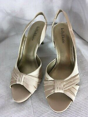 Kelly & Katie womens satin beige champagne, 3 in. dress heels shoes, size 9M