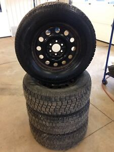275/65/18 Hercules avalanche extreme snow tires