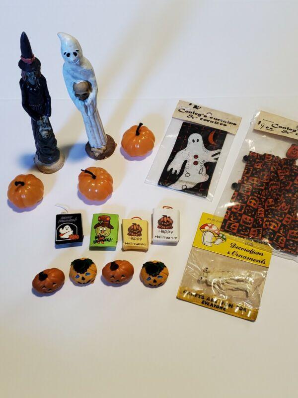 Dollhouse Miniature Halloween Lot Pumpkins, statues, curtains  1:12