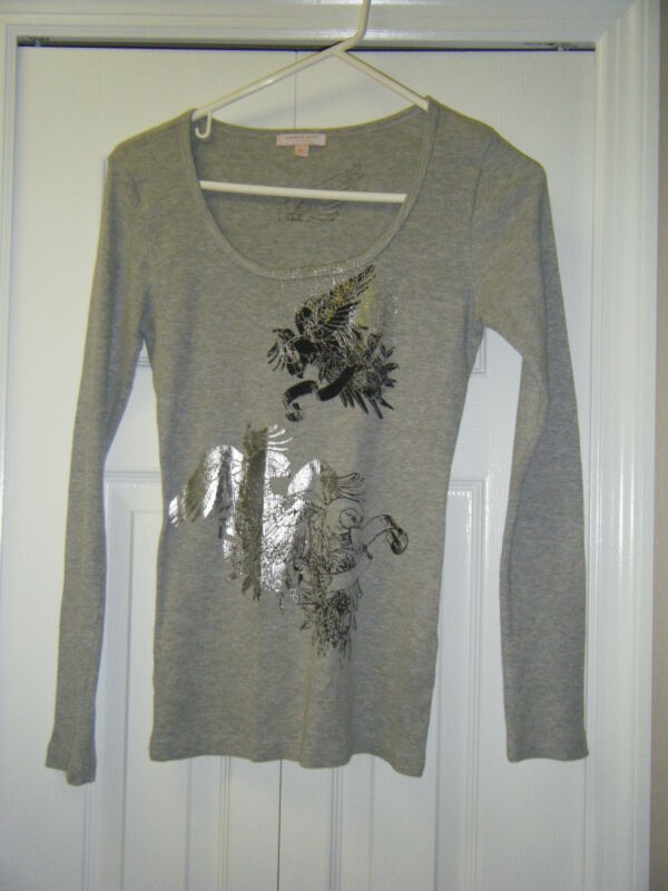 ROMEO & JULIET COUTURE MED 100% COTTON L/S TEE WITH BLACK & SILVER DESIGN
