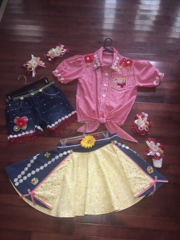 Girls Country Themed Pageant OOC