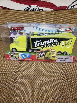 DISNEY PIXAR CARS TRUNK FRESH HAULER