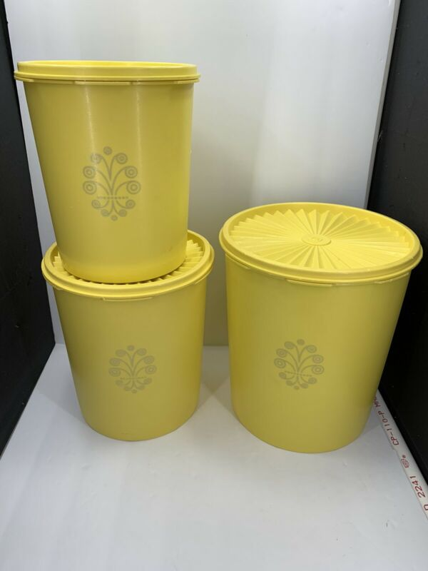 Vintage Tupperware Yellow 3pc  Canisters Set with Lids/ 805-807-809