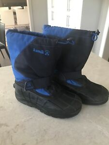 Kamik winter, waterproof boots youth size 4.