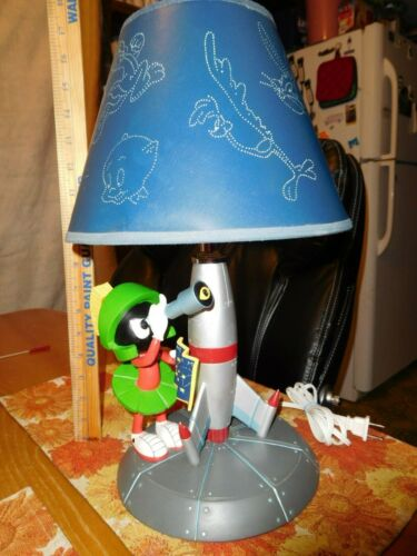 MARVIN MARTIAN LAMP & SHADE WARNER BROS STORE EXCLUSIVE WORKS!
