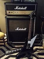 Hard rock/heavy metal guitarist