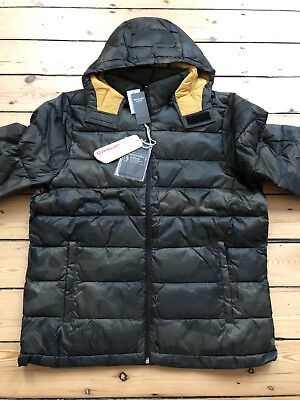 ABERCROMBIE AND FITCH LIGHTWEIGHT PACKABLE PUFFER JACKET. BRAND NEW WITH TAGS.