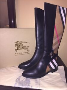 Burberry boots size9 women