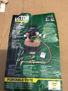 New victor cutting torch and tote