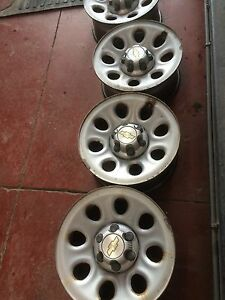 "Chevy/Gmc truck 17"" 6 bolt rims"