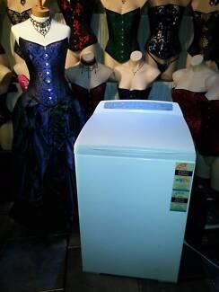 7kg Fisher & Paykel Aquasmart top load washing machine.