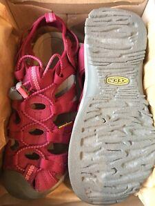Sandales de marche - Femmes, grandeur 8