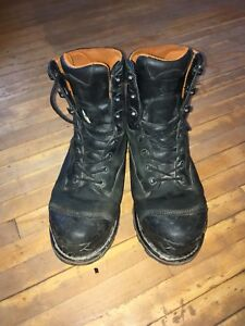 """Used -1 year old Timberland 8"""" Boondocks Size 11"""