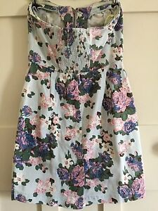 Bardot floral strapless dress with pockets - size 10 Coogee Eastern Suburbs Preview