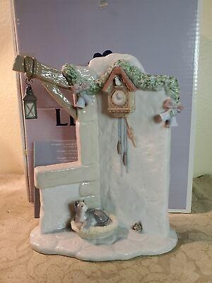 Lladro It's Almost Time #6895 MIB Santa's Magical Workshop