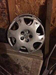 Toyota Corolla 2003 wheel cover