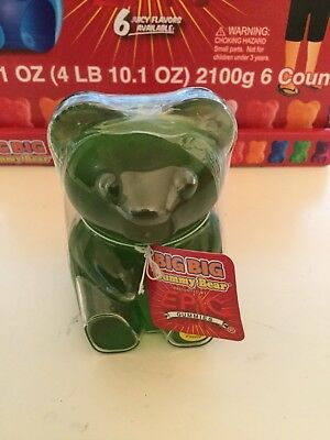 NIP Giant Gummy Bear GREEN APPLE FLAVOR Giant Gummy Bear-OVER 3/4 LB (13.5 OZ)! - Giant Apple