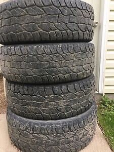 Cooper discovery A/T3 275/60r20