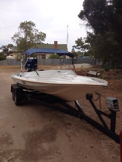 225 evinrude with Tennessee hull Manangatang Swan Hill Area Preview